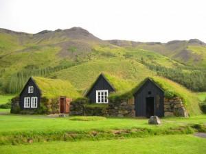 icelandic turf houses2